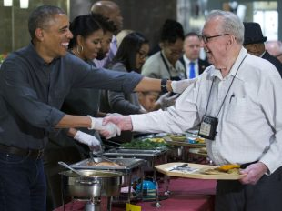 president-obama-armed-forces-retirement-home-2016