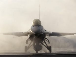 1482758591_f-16-fighter-jets-1