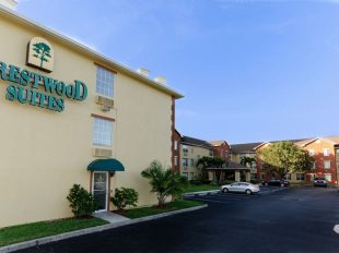 Expedia - Crestwood Suites in south Fort Myers, Florida