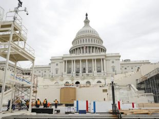 Construction continues Dec. 8, 2016 on the Inaugural platform in preparation for the Inauguration and swearing-in ceremonies for President-elect Donald Trump. (Pablo Martinez Monsivais / AP)