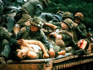 the-battle-of-hue-iconic-photograph